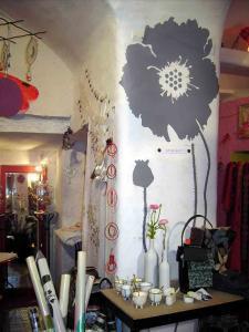 Bracelets LOOM - Design textile by Myriam Balaÿ boete051 Boutique Passages : ambiance Noël 2005 Passages