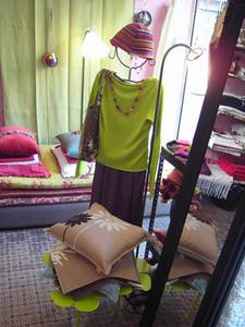 Bracelets LOOM - Design textile by Myriam Balaÿ tunique1 Les nouveautés de Mia Zia, Robert le Héros et Maison Georgette Passages