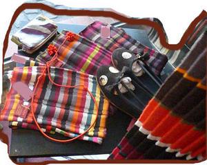Bracelets LOOM - Design textile by Myriam Balaÿ miaziashoes1 Mia Zia automne hiver 2007 Passages