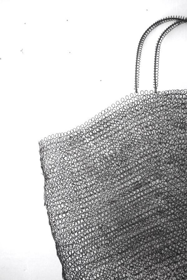 Bracelets LOOM - Design textile by Myriam Balaÿ mbdbagdetail1 photographie L'appartement