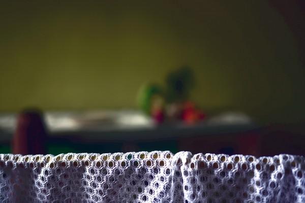 Bracelets LOOM - Design textile by Myriam Balaÿ myriam-balay-rideau3-e1420209246459 à travers le rideau 2015 L'appartement