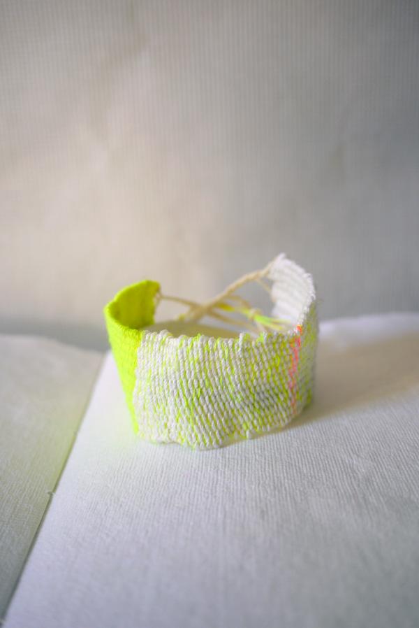 Bracelets LOOM - Design textile by Myriam Balaÿ myriam-balay-coton-fluo LOOM Fluo L'appartement