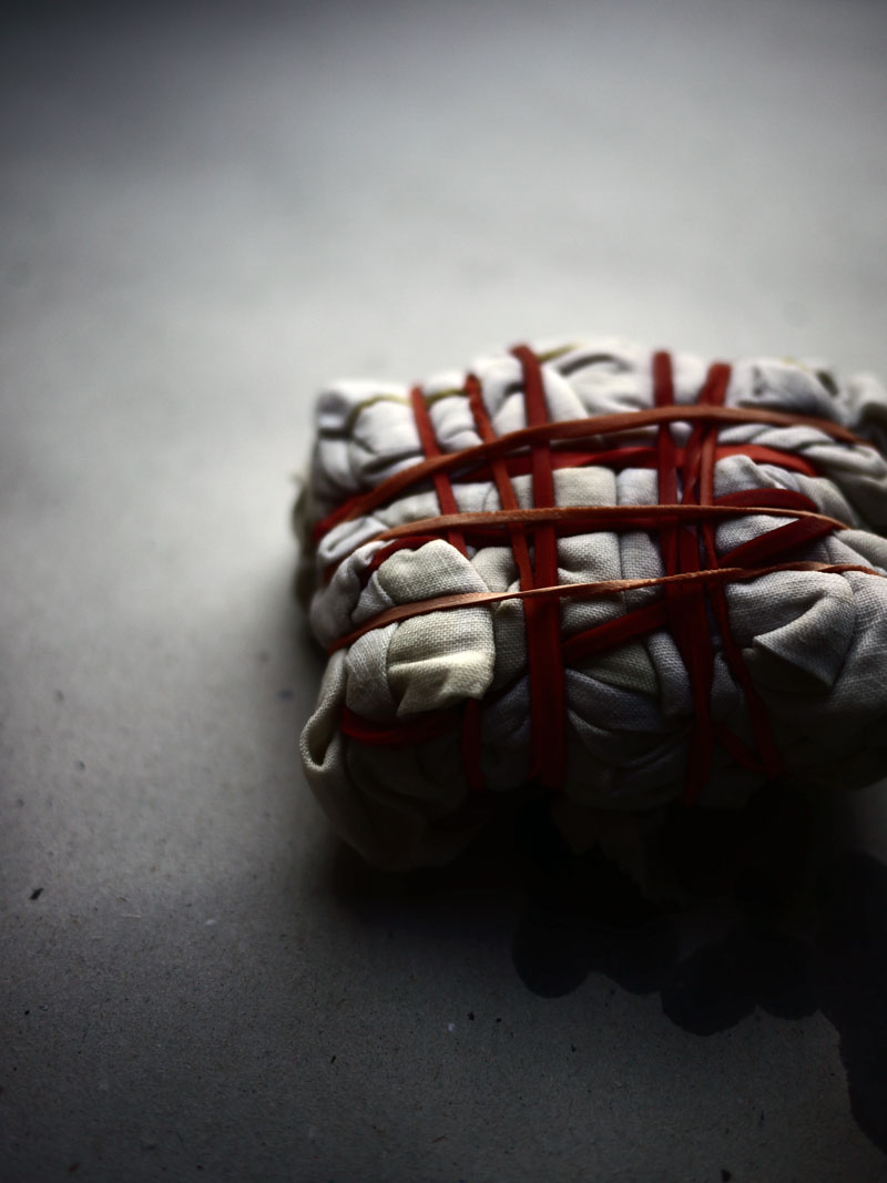 Bracelets LOOM - Design textile by Myriam Balaÿ myriam-balay-photographie petite fabrique des COULEURS & des MATIERES L'appartement