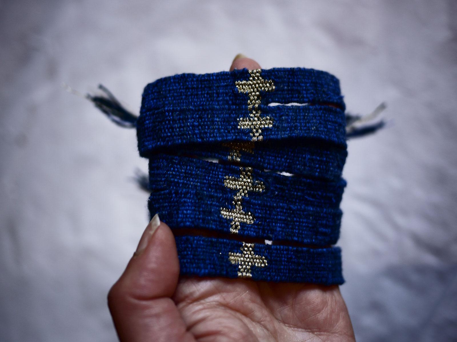Bracelets LOOM - Design textile by Myriam Balaÿ myriam-balay-indigo BLUE LOOM inspiration L'appartement