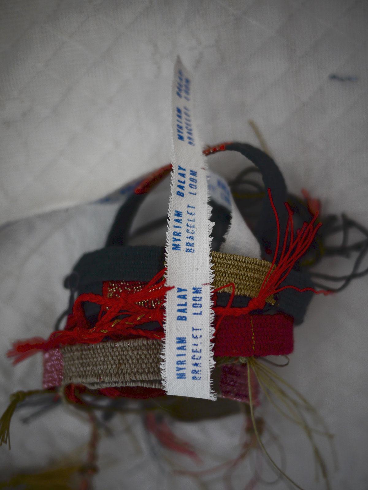 Bracelets LOOM - Design textile by Myriam Balaÿ myriam-balay-merci DETAILS L'appartement