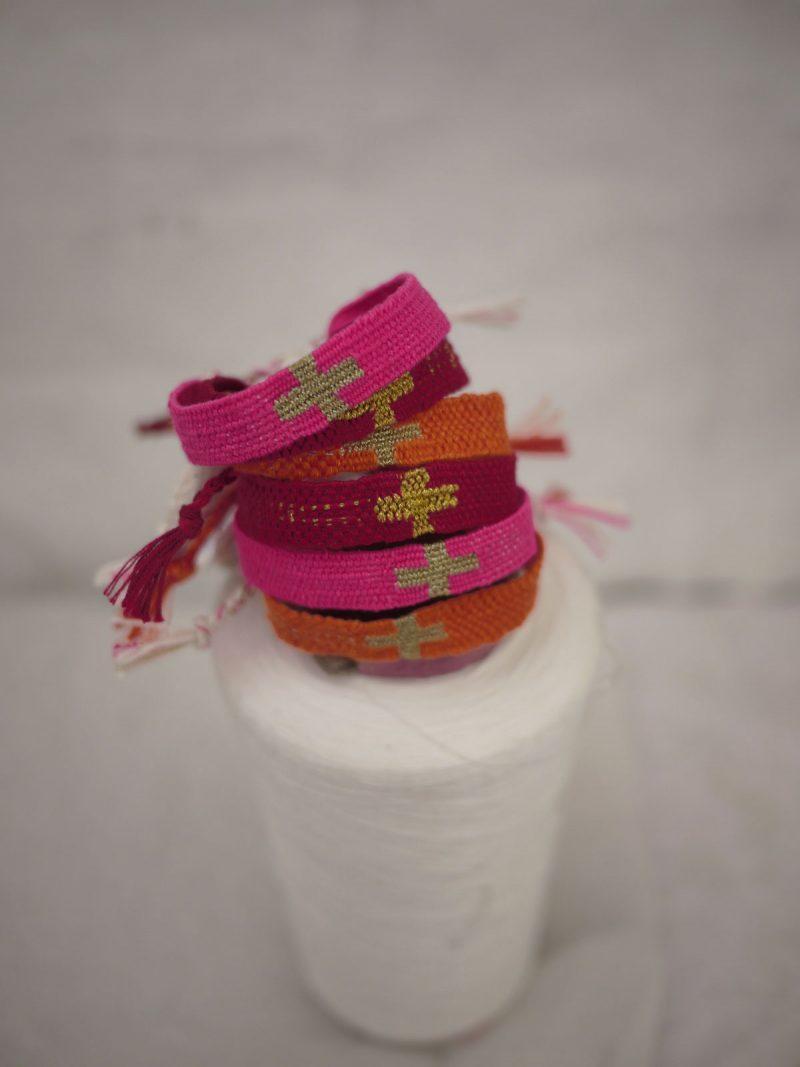 Bracelets LOOM - Design textile by Myriam Balaÿ myriam-balay-orange3-e1529928782459 ORANGE / ROSE / ROUGE L'appartement