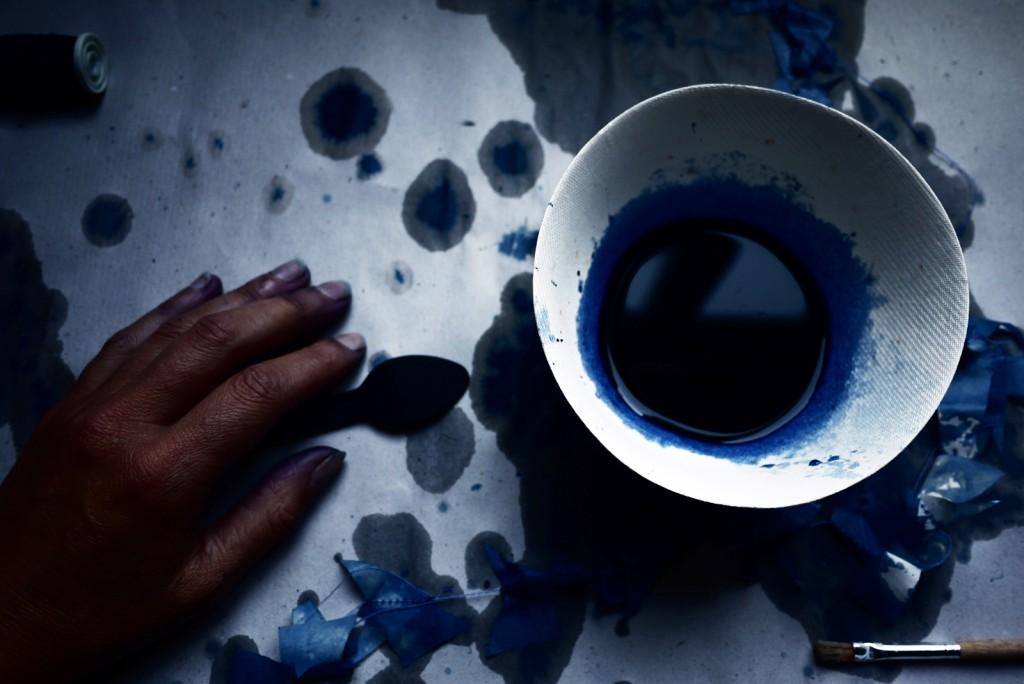 Bracelets LOOM - Design textile by Myriam Balaÿ myriam-balay-blue-1024x684 Blue Lab, Indigo LOOM L'appartement