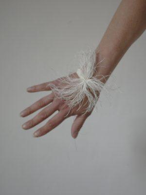 Bracelets LOOM - Design textile by Myriam Balaÿ myriam-balay-bloom-blanche-300x400 eShop