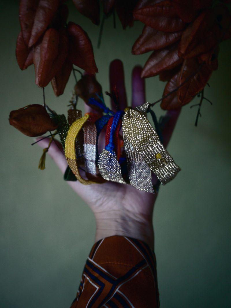 Bracelets LOOM - Design textile by Myriam Balaÿ myriam-balay-iris4-e1576140095270 CUEILLETTE d'AUTOMNE L'appartement